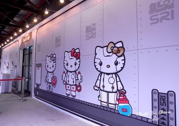 201307ROBOT KITTY互動展105.jpg