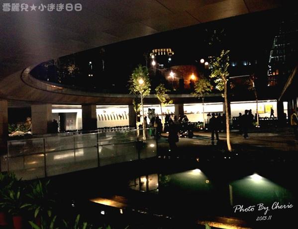 201311信義線大安森林公園站內017.jpg