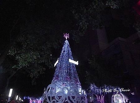 2013聖誕樹中國信託007.jpg