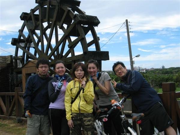 20090718淡水三芝騎車_挑戰40OZ牛排 006.jpg