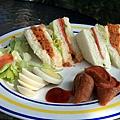 5.週日的肉鬆三明治.jpg