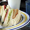 G.星期六-雞排三明治.jpg