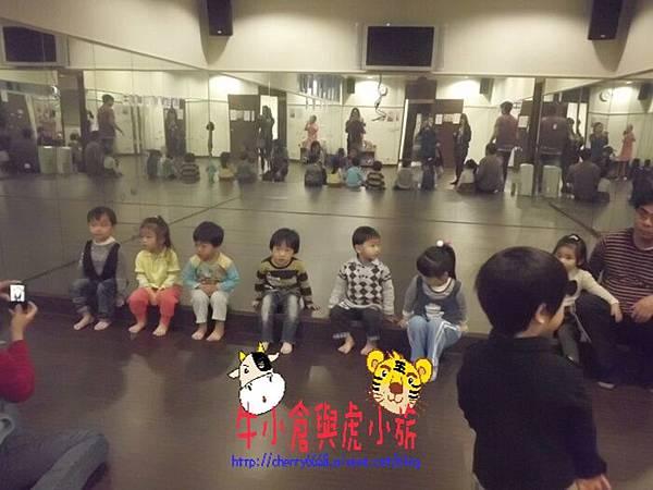 地板活動 (3).JPG