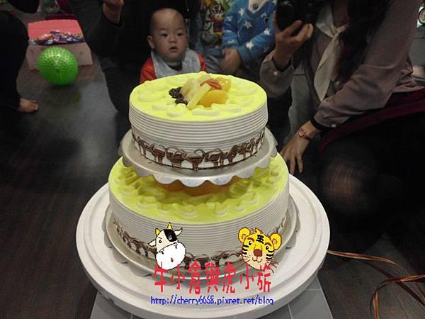 切蛋糕 (1).JPG
