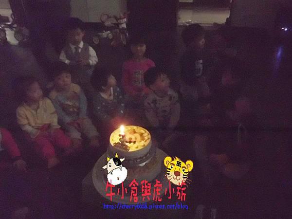 切蛋糕 (4).JPG