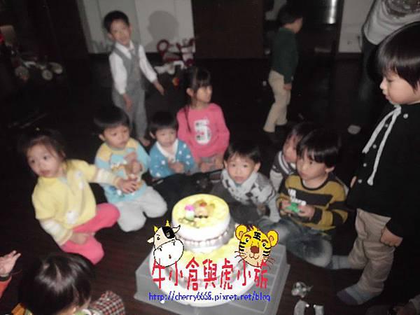 切蛋糕 (6).JPG