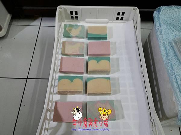 橄欖香氛皂 (7).jpg