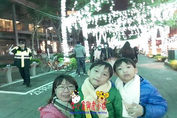 1216聖誕城_161219_0110.jpg