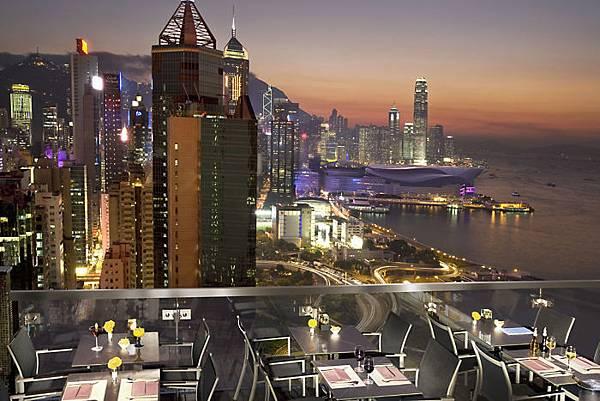 香港怡東excelsior-restaurant-totts-roof- terrace-1.jpg