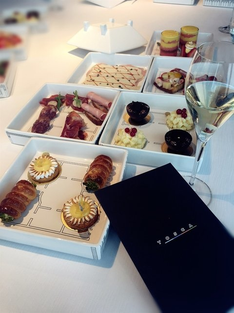 (ICC)香港麗思卡爾頓酒店102樓TOSCA義大利菜.jpg
