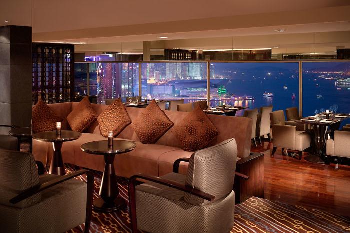 excelsior-restaurant-totts-lounge-1.jpg