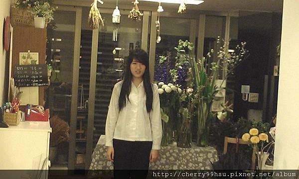 20120305 新成員加入~她就快要戲劇學系術科考試囉 (2)
