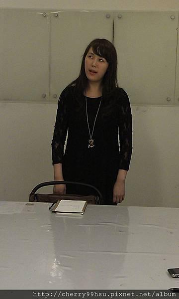 20120423表演課聲音表情週一班第2堂~語言口氣變化訓練 (6)