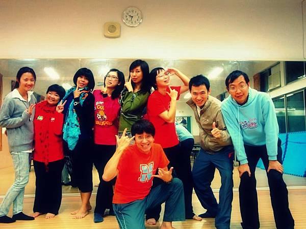 20121121社區大學與學員合照1
