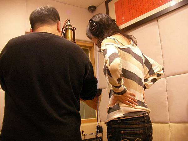 20100212我與浩哥一起錄.JPG