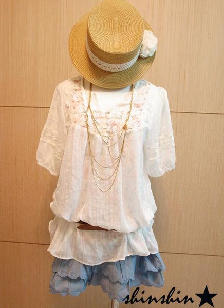 shin*2010夏折扣-高質感雕花蛋糕裙-1