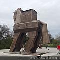 第一站就是參觀特洛伊古城,入口處這隻大名鼎鼎的木馬就矗立在眼前,雖然只是模型,還是讓人驚嘆並充滿歷史情懷!