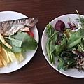 在土耳其的餐食差不多都是這種風格,沒有放太多調味料,清清爽爽、口味偏酸,我個人很喜歡也吃得很習慣唷~