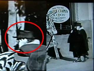 真有時空旅行? 1928年默片路人「講手機」0.jpg