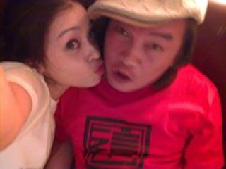 康康和小他18歲的杭州姑娘張家霈.jpg
