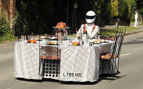 最快的餐桌.jpg