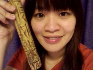 我很佩服在竹子上雕刻的功力~我很喜歡啦~