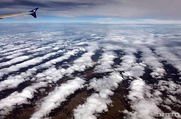 地震雲2.jpg