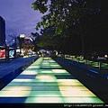 城市光廊夜景.jpg