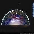 音樂管廣場夜景.jpg