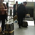 行李還要檢查 @@