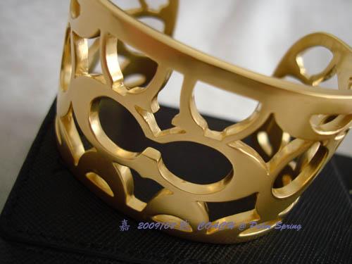 DSC01957-COACH cuff2.jpg