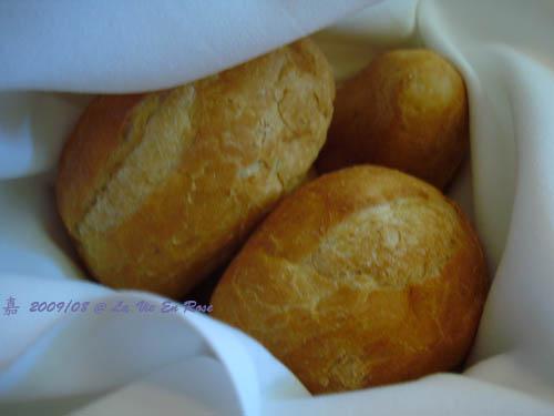 La Vie En Rose法式料理餐廳-法國麵包