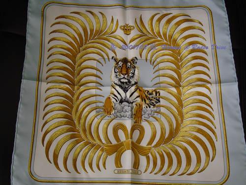 DSC02224-gavroche tiger scraf.jpg
