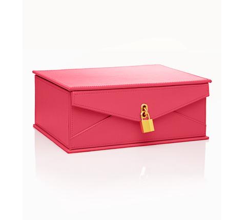 桃紅色的珠寶盒