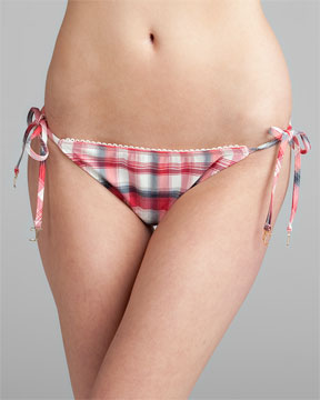 Bikini bottom front view