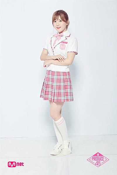 AKB48 宮崎美穂.jpg