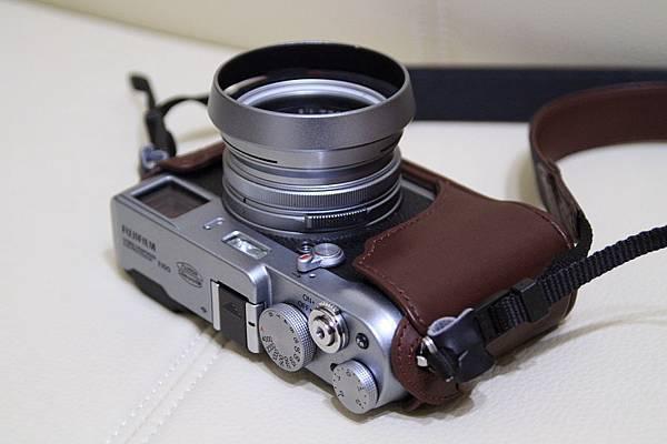 Fujifilm FinePix X100_02.JPG