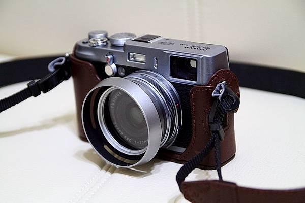 Fujifilm FinePix0 X100_01.JPG