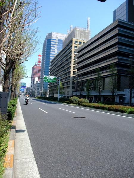 東京車站前馬路