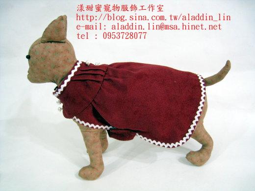 紅色天鵝絨連身服02.JPG