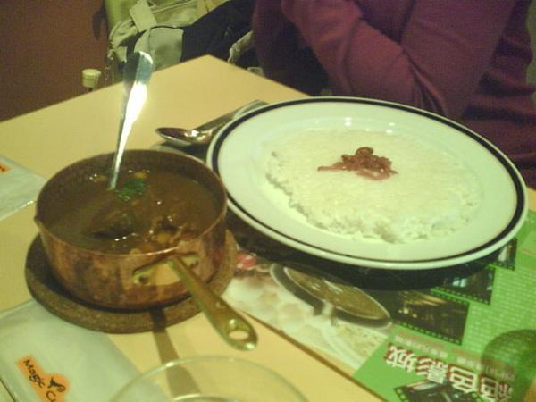水果風味的咖哩,好料盡在小鍋中