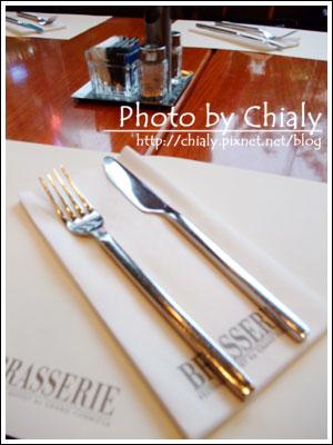 桌上的餐具
