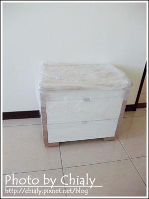 訂製的床頭櫃