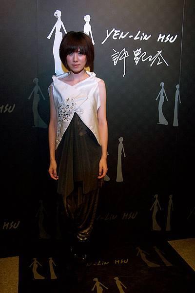 許艷玲 2009戰後風華服裝秀