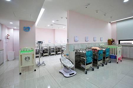 伊夏嬰兒室