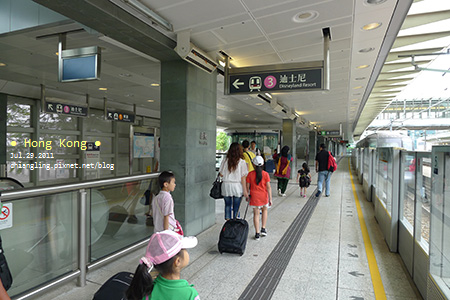 20110729_東涌站搭地鐵往欣澳站_105249_lx5.jpg