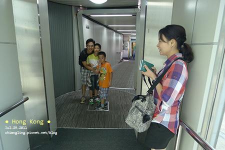 20110729_高雄飛往香港的華航_072339_lx5.jpg