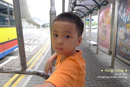 20110729_搭S1巴士前往東涌站_101222_lx5.jpg