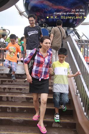 20110729_香港Disney_明日世界_153202_canon500D.JPG