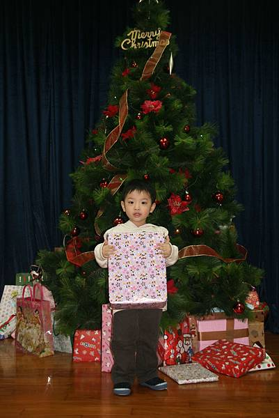 2009_1218_180942聖誕晚會